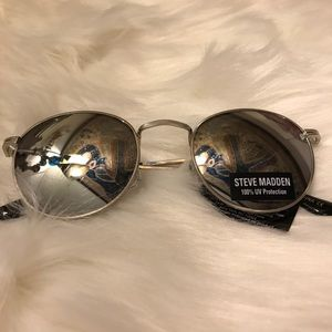 Steve Madden Silver Lennon Sunglasses